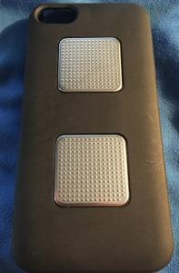kardia-ekg-sensoren-und-iphone-se-hulle