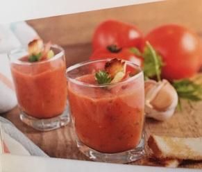 Südspanische kalte Gemüsesuppe