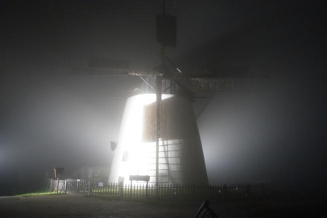 Windmühle Nebel 2